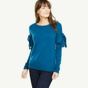 Ann Taylor blue bow sleeve scoop neck sweater NWOT